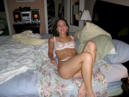 Femme coquine vraiment très sexy recherche un mec chaud