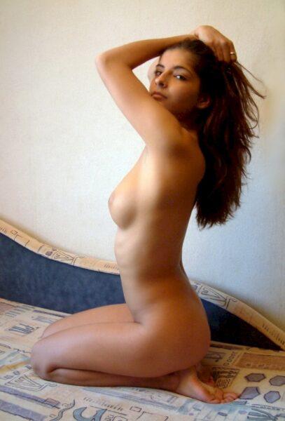 jeune femme coquine très romantique cherche un mec séduisant